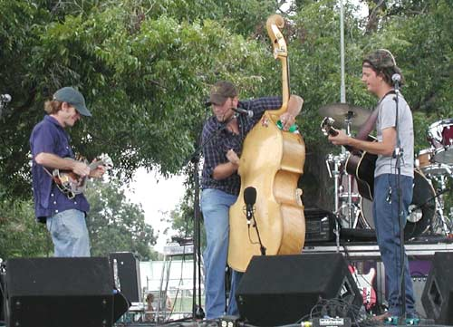 Medium shot of South Austin Jug Band