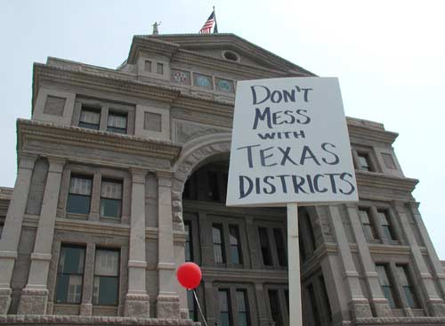 Don't mess with Texas districts sign.